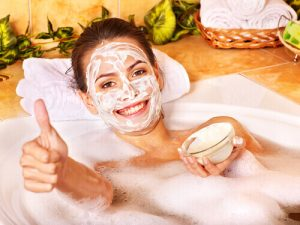 Soak With Natural Ingredients For Cracked Skin Treatment