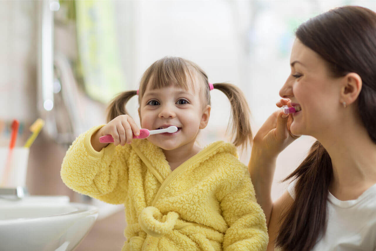 Want To Save Money? 5 Home Remedies For Cavities In Kids